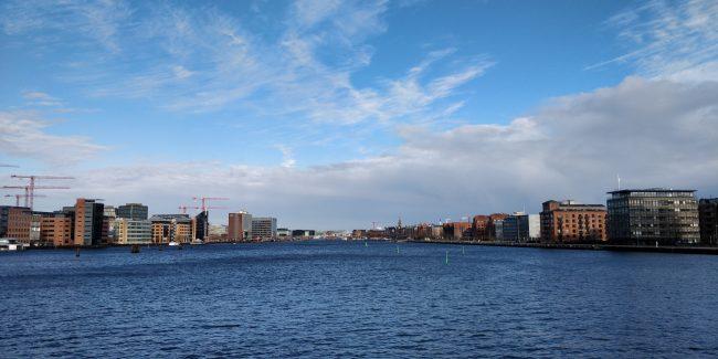 Udsigt over Københavns havn, set fra Fiskebroen.
